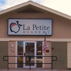 La Petite Academy logo