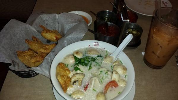 Arawan thai cuisine 30 photos thai vancouver wa for Arawan thai cuisine vancouver menu