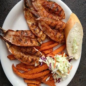 California fish grill 207 photos seafood 5675 e la for California fish grill menu