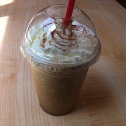 Koffee On Audobon - New Haven, CT, États-Unis. Sea salt caramel mocha with whip cream