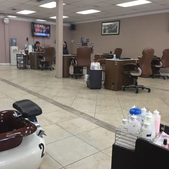 Expert Nails And Spa Montebello