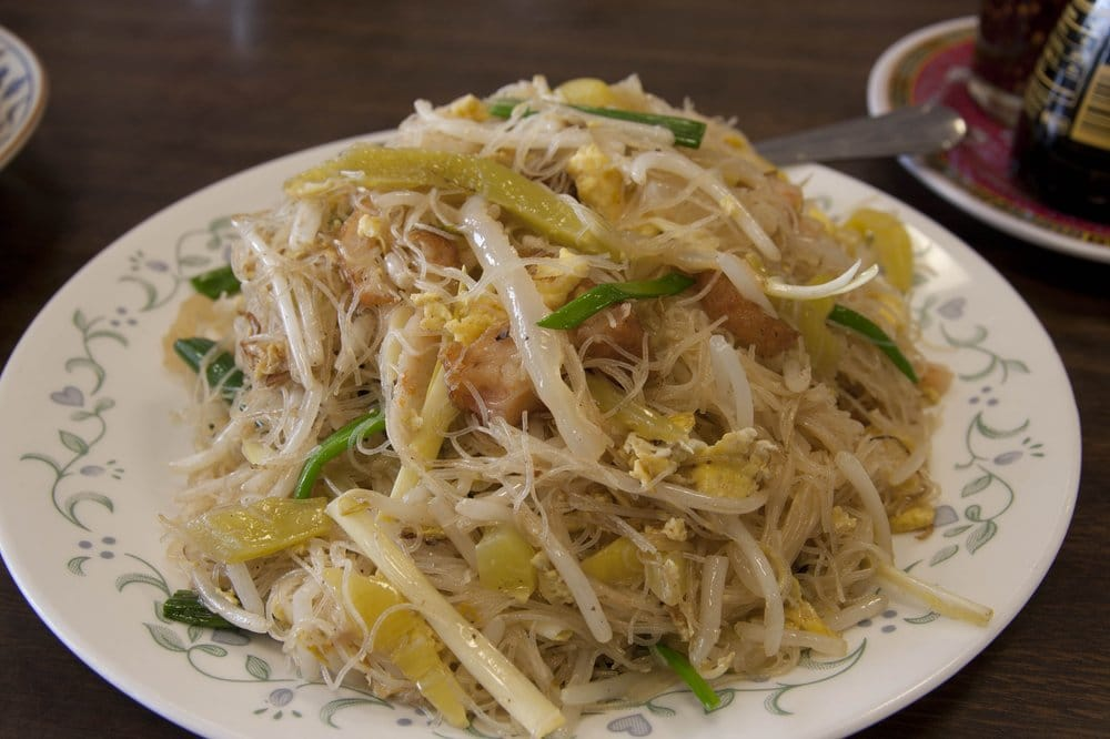 Rice Noodles With Bean Sprouts Rice Noodles With Bean Sprouts