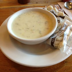 3 Squares Cafe - New England Clam Chowda. - Vergennes, VT, Vereinigte Staaten