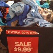 Express - San Diego, CA, États-Unis. SALE!