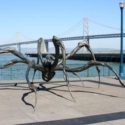 Crouching Spider by Louise Bourgeois - San Francisco, CA, États-Unis