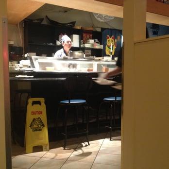 Robson sushi japanese restaurant closed 23 photos 53 for Elite food bar 325 east 48th street