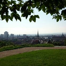 Skyline von Erfurt, viele Türme