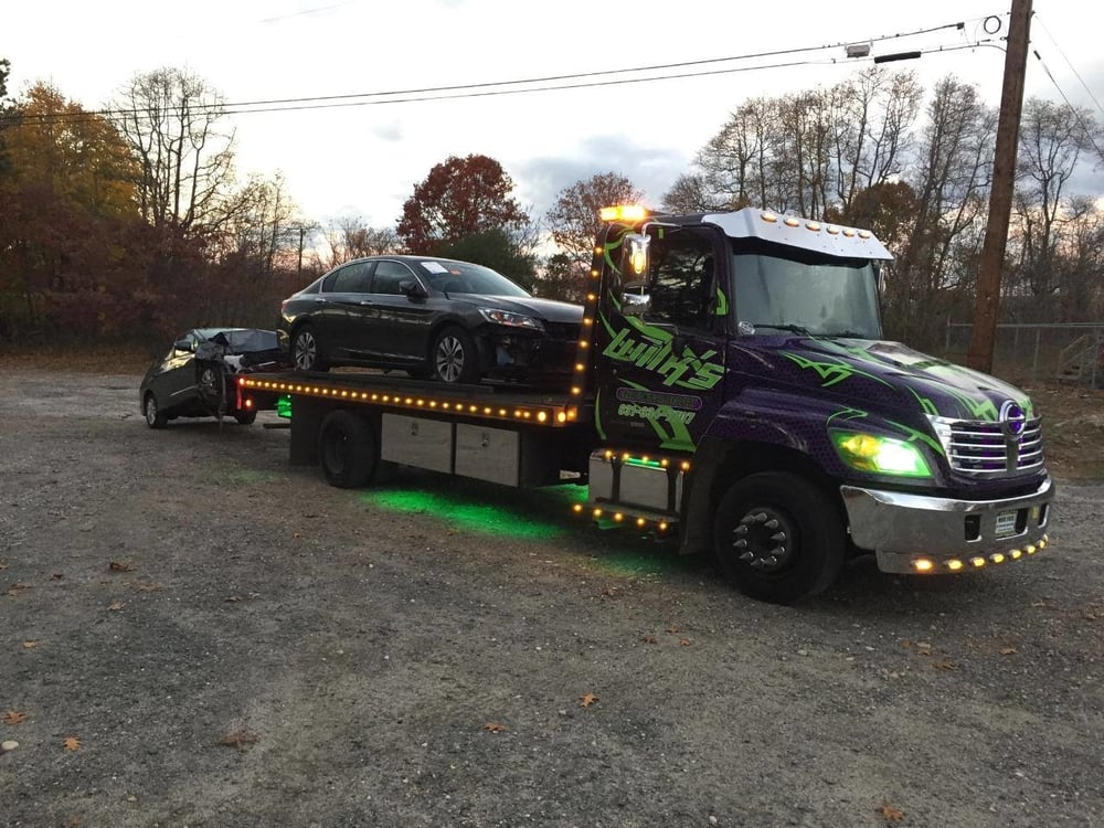 Wilk's 24Hr Towing and Recovery inc - Towing - Riverhead, NY ...