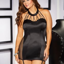 Thin and Curvy: Fashion and clothing