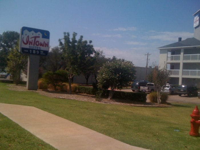 Edmond (OK) United States  city images : Intown Suites Hotels Edmond, OK, United States Reviews Photos ...