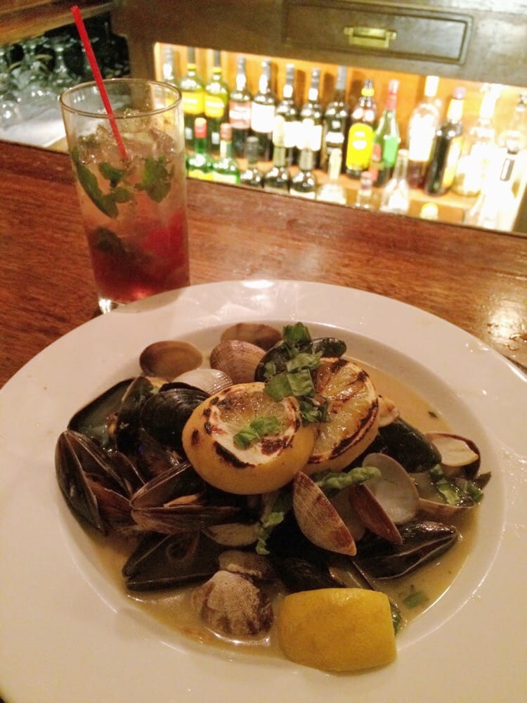 Cozze o Vongole fresh steamed mussels or Manila clams with ...