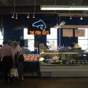 The fish guys seafood restaurants short north for Fish restaurants in columbus ohio
