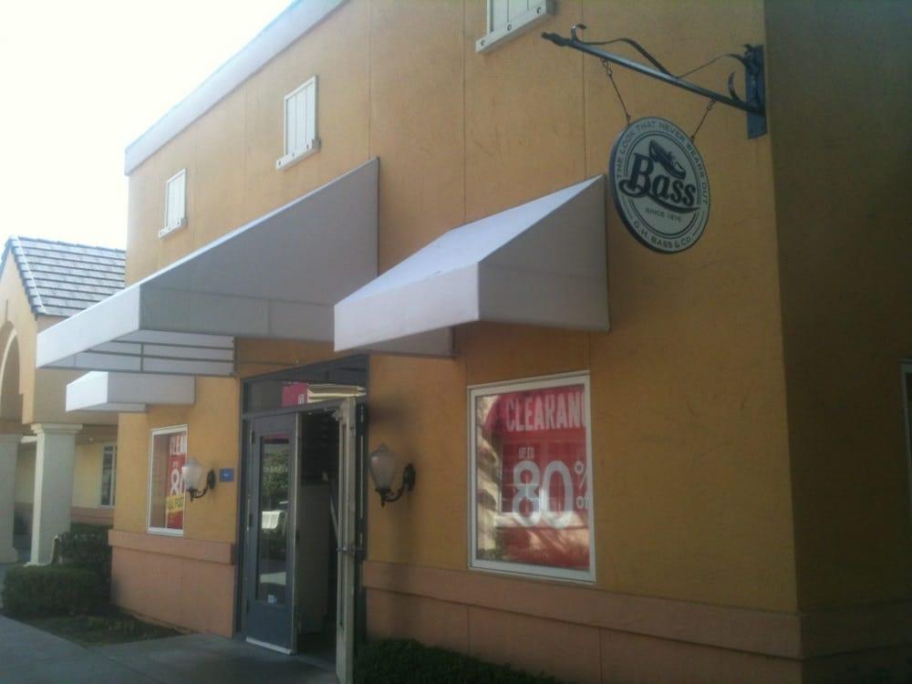 Folsom Outlet Shoe Stores