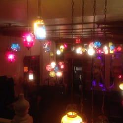 Devi - New York, NY, États-Unis. Pretty lights