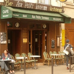Les Petits Tonneaux, Paris, France