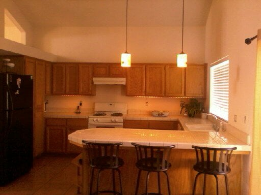 Under Cabinet Lighting And Pendant Lighting On 18 Ft