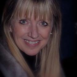 Lisa Seward logo