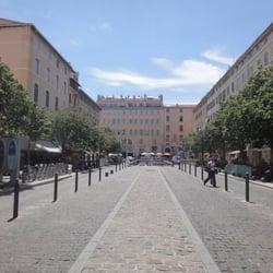 Place aux Huiles - Marseille, France