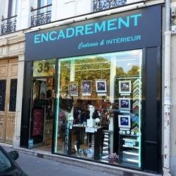 Cadeaux et Intérieur, Paris, France