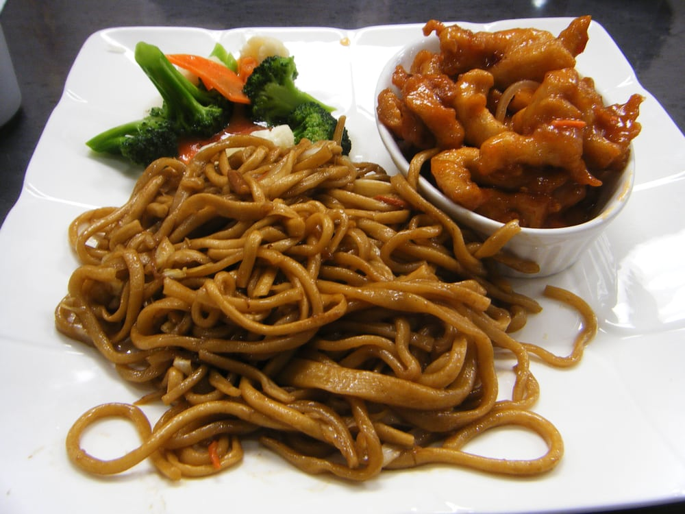 ... Combo 5: crispy Sichuan chicken w/ mixed vegetable + fried noodles