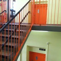 Neugestaltung eines Treppenhauses einer…