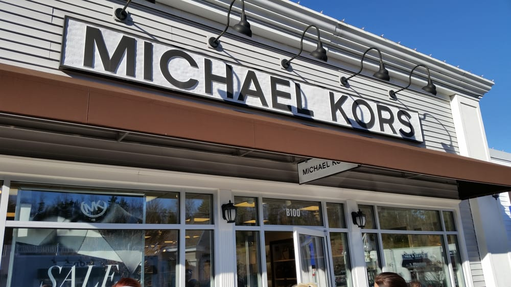 Lee premium outlets outlet stores lee ma reviews for Michaels craft near me