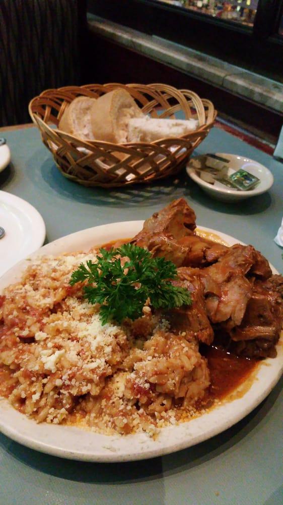 New parthenon restaurant 65 photos greek greektown for Cuisine 1300 monroe mi