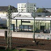 Der S-Bahnhof für die DFS in Langen