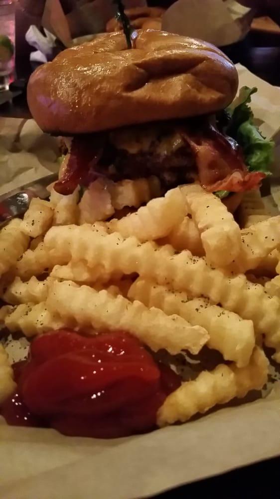 Elvis Burger Yelp