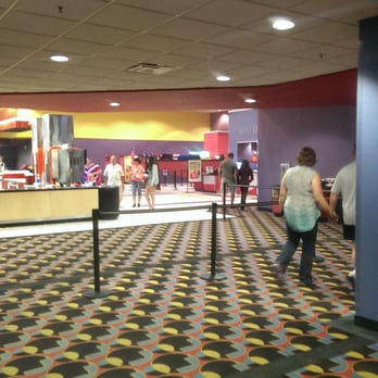 Amc Showplace New Lenox 14 Cinemas 1320 W Maple
