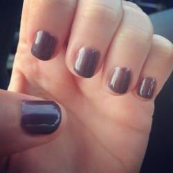 Queen Nails - Raleigh, NC, Estados Unidos. Beautiful purple shellac