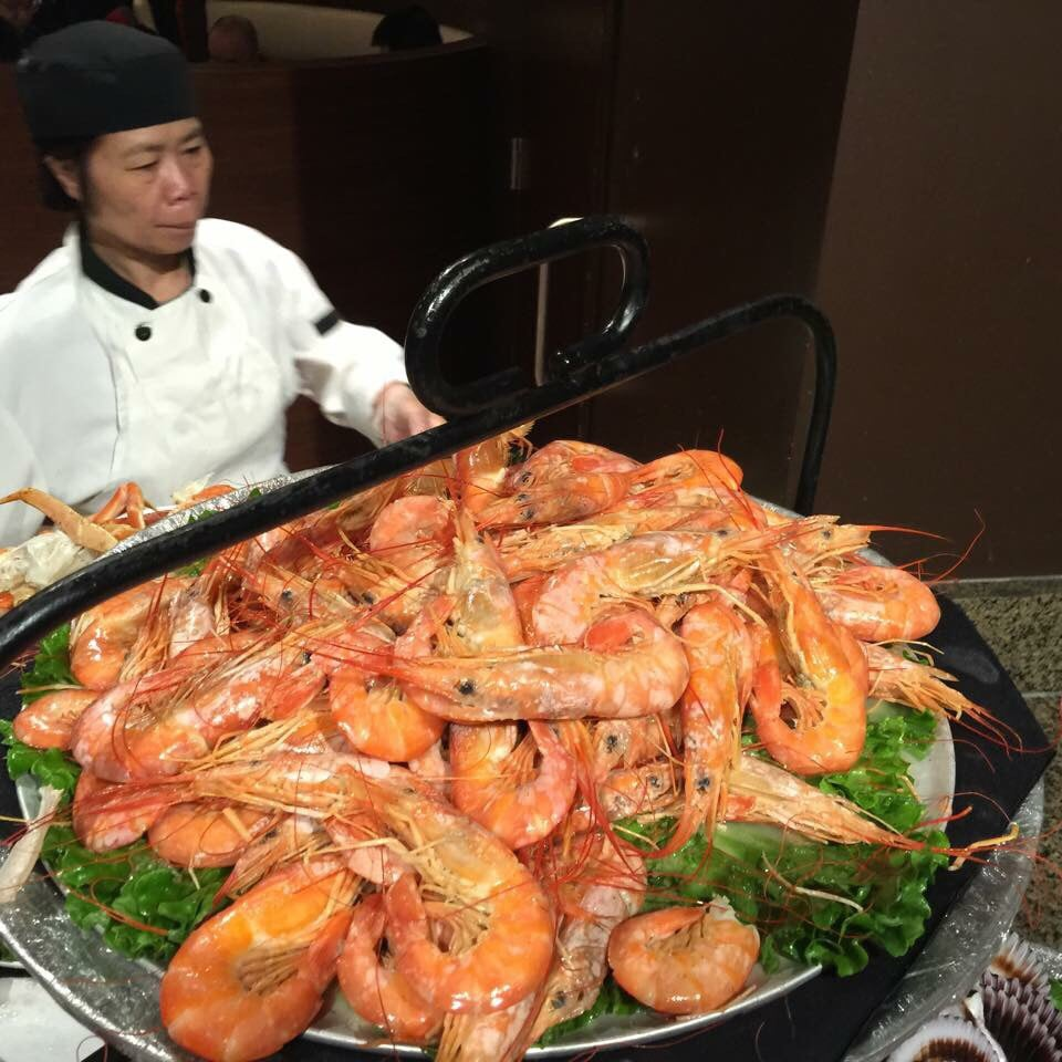 Grey eagle casino seafood buffet menu