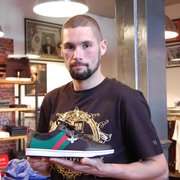 Tony Bellew picking out a smashing pair…