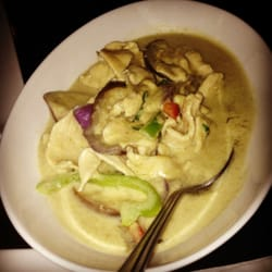 Ginger Thai Cuisine - Jade Curry excellent! So aromatic and flavorful! - West Hills, CA, Vereinigte Staaten