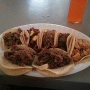 Badass Tacos - Thousand Oaks, CA, États-Unis. One of each taco, 7 varieties