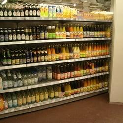 Bier,Saft, Wasser und diverse Sojadrinks