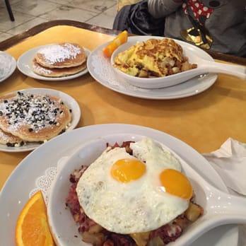 Eggsperience Cafe Chicago Menu