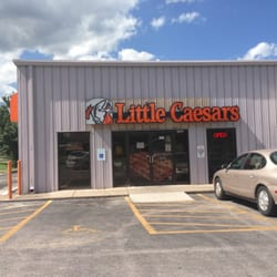 Worst service from a little Caesars in Springfield is at the one in Kmart,even if you pre order your pizza and they tell you to pick it up 40 minutes later and you show up on time and still have 2/10(3).