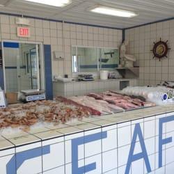 Sexton s seafood seafood markets destin fl yelp for Destin fish market