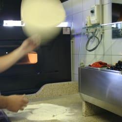 La maison de la pizza annemasse haute savoie france for Maison de la literie annemasse