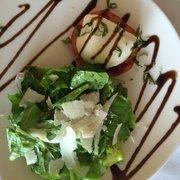 Zielo - Beautiful burrata salad with arugula - Coral Gables, FL, Vereinigte Staaten