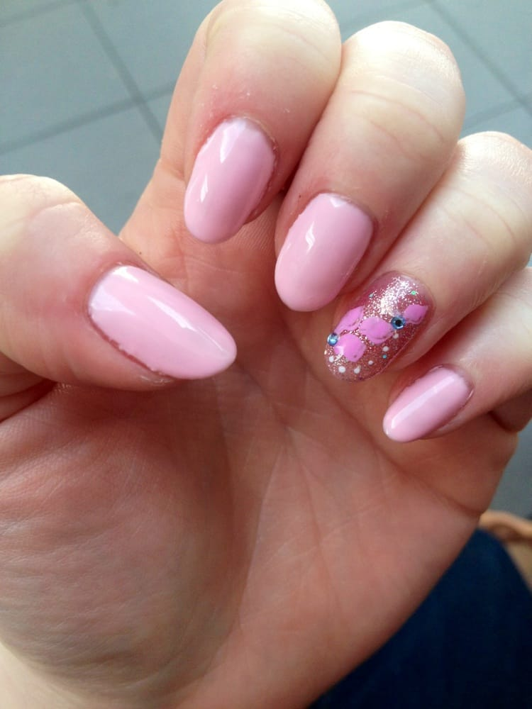 Diva Nails & Spa - San Jose, CA, United States. Shellac nails by Lynn!