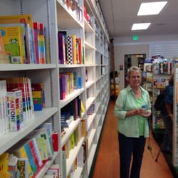 San Marino Toy & Book Shoppe - New location - San Marino, CA, Vereinigte Staaten
