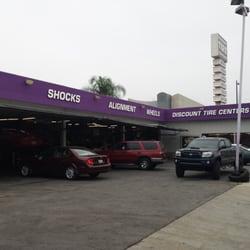 Discount Tire Centers - San Fernando Valley, CA, Vereinigte Staaten