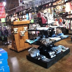 Zumiez clothing store