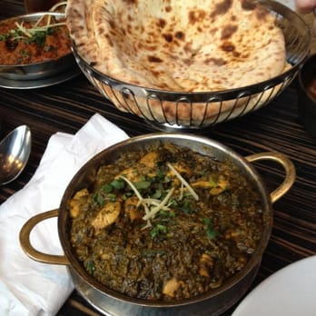 'Chicken and Spinach' i.e. Saag with Peshwari naan