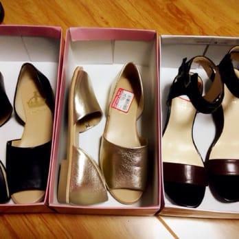 DSW Designer Shoe Warehouse - 30-50% off sale - Buena Park, CA, United
