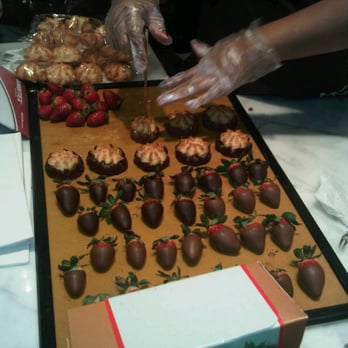 Where To Buy Chocolate Covered Strawberries In Queens Ny