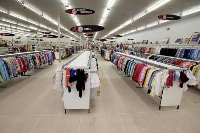 value world 15 photos department stores
