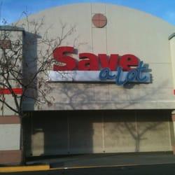 Leevers Supermarket logo